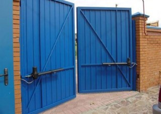 Фото процесса производства Промышленные распашные ворота в Воронеже