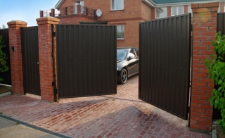 Распашные ворота для дачи в Воронеже