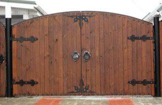 Деревянные распашные ворота в Воронеже